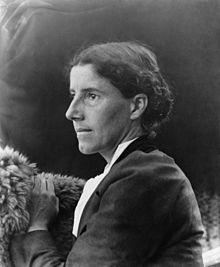 Charlotte_Perkins_Gilman_c._1900