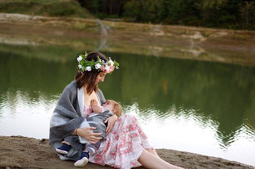 breastfeeding-2435896__340