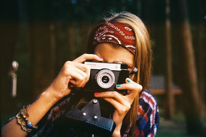 woman-photographer-1245761_1280